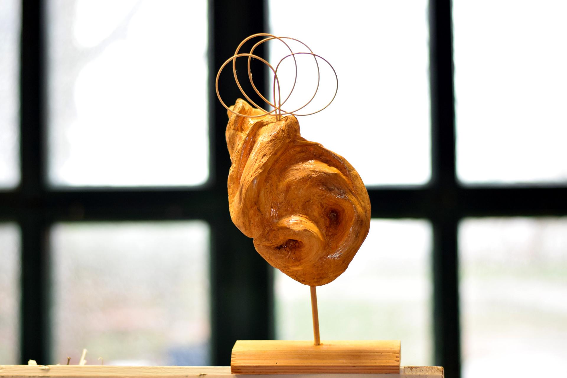 Holzplastik von Elvi Schmidt